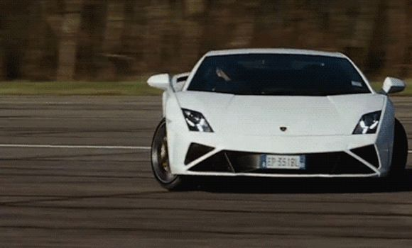 Racing Cars GIFs. 120 Animated Images of Beautiful And Fast Cars